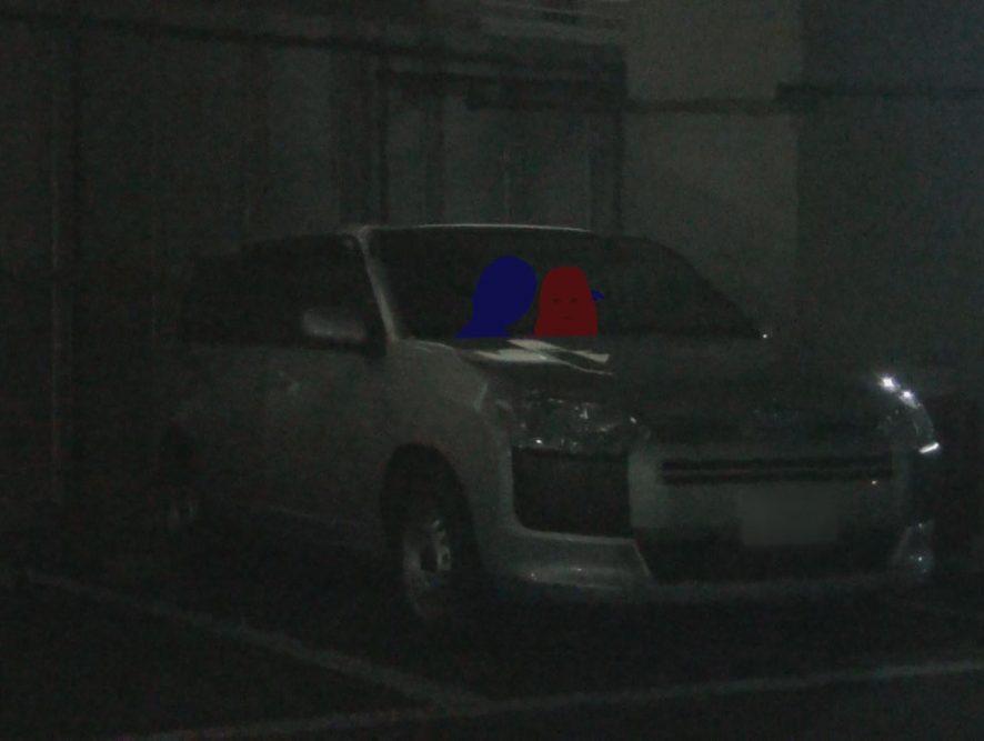 車内でイチャイチャ画像06